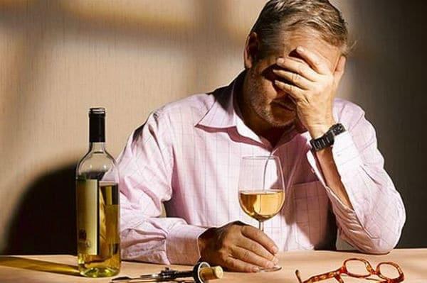 Инсульт и алкоголь: можно ли пить алкоголь после инсульта и какие последствия