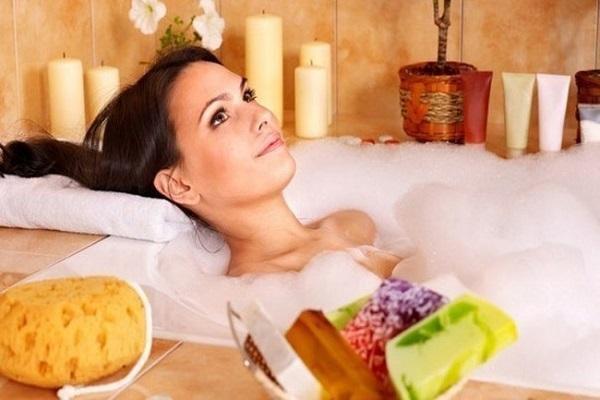 Горячая ванна при цистите: теплая или горячая, польза или вред, вся правда о прогревании