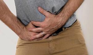 Рези и жжение внизу живота у мужчин — причины и чем это опасно