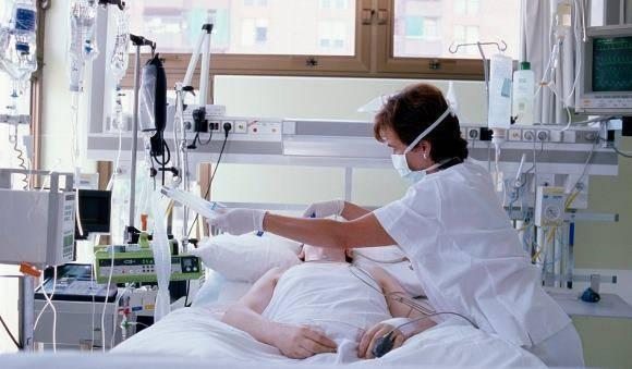 Кома после инсульта: прогноз и шансы на выживания, основные стадии и как долго продолжается