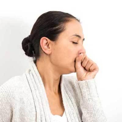 Недержание мочи при кашле: причины и что делать